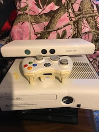 white Xbox 360 console with controller Portsmouth, 03801