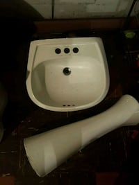 Pedestal Sink Dearborn Heights, 48125