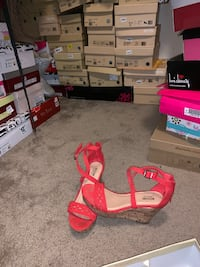 Coral wedged sandals size 6 Missouri City