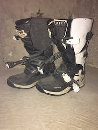 pair of white-and-black Fox Racing motocross boots Orangeville, L9W 4Y3