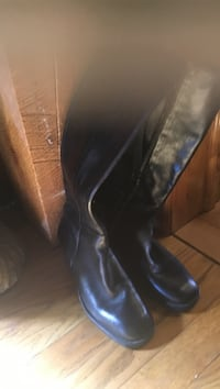 71/2 black boots with zipper Accord, 12404