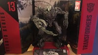 Transformers Studio series Revenge of the Fallen voyager Megatron w/ box, display stand, and instructions. Irving, 75062