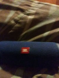 Blue JBL flip 4 portable Bluetooth speaker Westwego, 70094