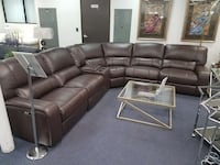 Motion reclining sectional San Diego, 92126