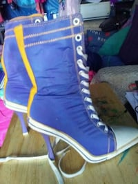 Purple and gold Lace up boots Steve madden size 7 Visalia