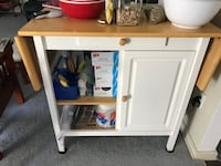 white wooden cabinet with mirror Romulus