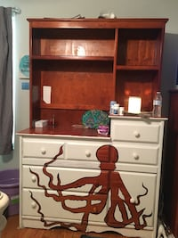 brown wooden desk with hutch Lindale, 75771