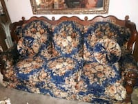 Blue floral couch and love seat Bakersfield, 93313