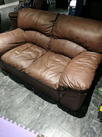 leather Couch  Kitchener, N2C 2M4