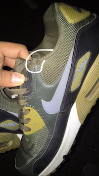 Nike AirMax size: US10s Burnaby, V5A