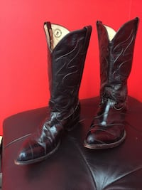pair of black leather cowboy boots Upper Marlboro, 20772