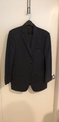 Black notch lapel suit jacket Reston, 20191