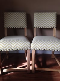 Set of Dining Chairs Emeryville