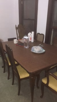 Dining  table with 6 chairs Lackawanna, 14218
