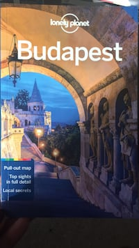 Budapest guide book by Lonely Planet  Stoneham, 02180