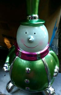 green and purple ceramic figurine Clarksville, 37040