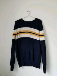 Vintage Gap cozy sweater  Toronto, M5B 2L4