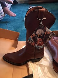 Western Nocano boot size 10.5B Dover township, 17315
