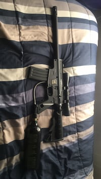 Black and gray paintball gun need gone ASAP we can negotiate