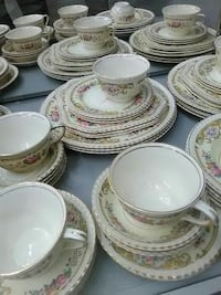 white-and-pink floral ceramic dinnerware set Houston, 77078
