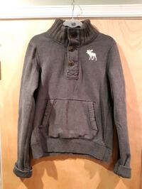 Abercrombie and finch sweater size: men's large Temple Hills, 20748