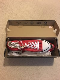Converse Red ladies size 6.5 - never worn Toronto, M8Y