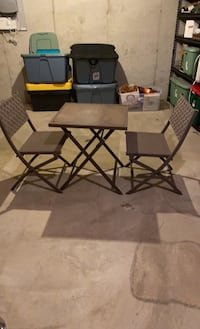 Outdoor table and chair set West Chester, 19382