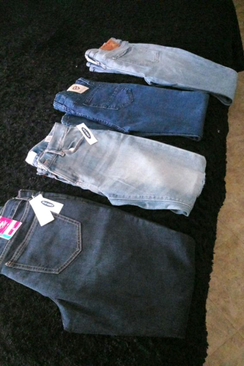 Photo 2 old navy. 1 encrypted. 1 true religion.8 dlls each.