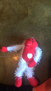 red and white plush toy Des Moines, 50320