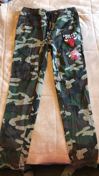Green and brown camouflage pants 895 mi