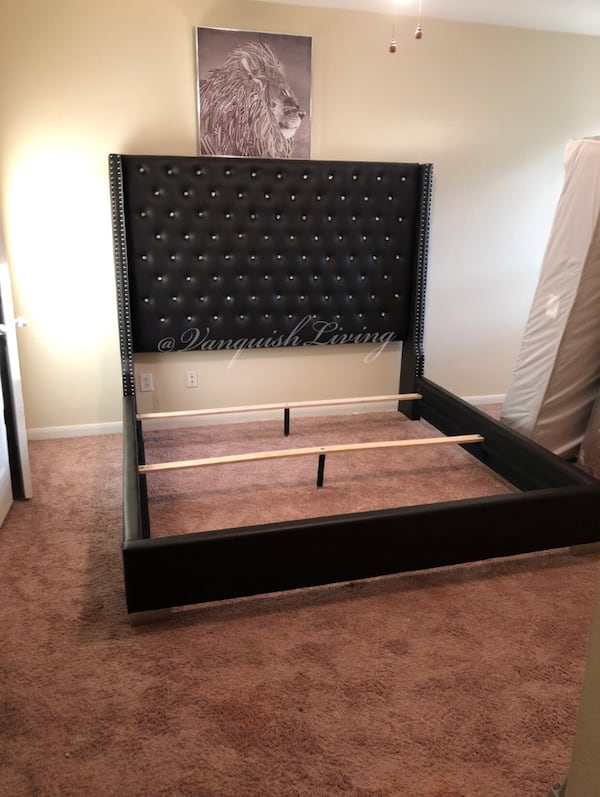 Black Leather 6ft Diamond Headboard Bed