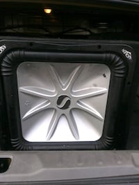 black and gray Kicker subwoofer Los Angeles, 91331