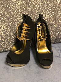 pair of black peep-toe platform stilettos Fort Worth, 76140