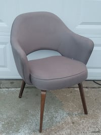 Mid century chair by Knoll