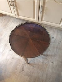 Petite table louis Philippe  Longages, 31410