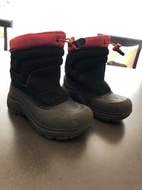 Kids boots North Face size US 1 Los Angeles, 91601