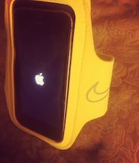 Yellow workout phone holder St Catharines, L2T 3H9