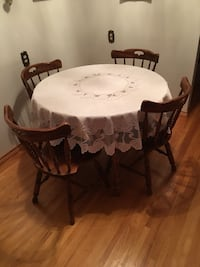 Round white wooden table with four chairs dining set Edmonton, T5B 3K4