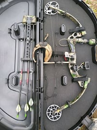Left hand Redhead Kronik compound bow