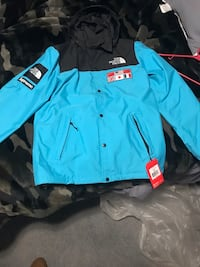 Supreme The North Face Jacket Barberton, 44203