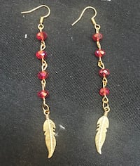 silver-colored-and-red leaf drop-hook earrings Regina, S4S 3C5