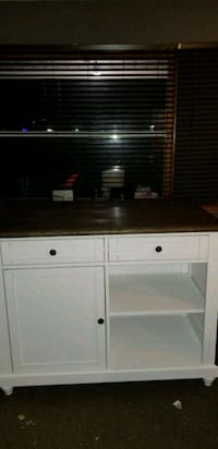 Kitchen Island with stools Indianapolis, 46241