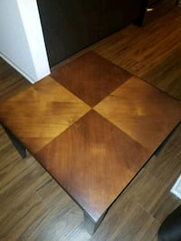 Brown wooden side table Naperville, 60564