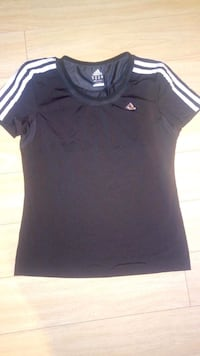 Adidas gym shirt  Barrie, L4M 6S8