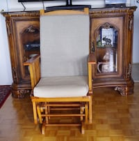 Vintage Solid wood Rocking chair - Great condition!  Toronto, M2J