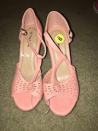 pair of pink leather open-toe heeled sandals Pinole, 94564