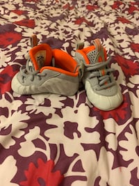 Nike baby shoes size 3C New York, 10460