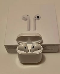 Apple Airpods  Toronto, M4H 1L5