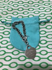 "Tiffany and Co ""Please Return to Tiffany "" XL heart  Mississauga, L5C 3T5"