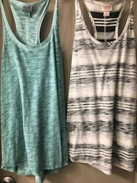 gray and white tank top